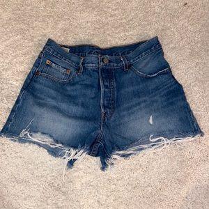 vintage levi distressed jean short